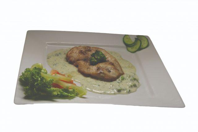Kuracie prsíčko s brokolicovo-nivovou omáčkou – 150g – 6,20€