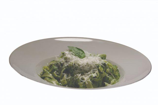 Tagliatelle so špenátovo-smotanovou omáčkou – 350g – 5,40 €